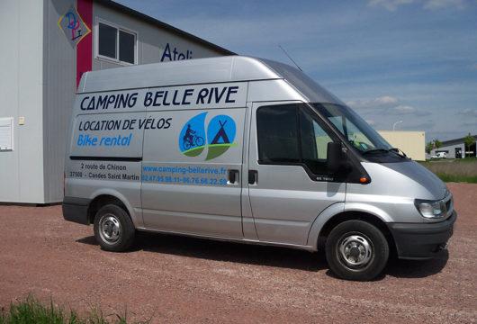 Flocage de véhicules, utilitaires et de vitrines à proximité de Saumur, Distré, en Maine-et-Loire (49)